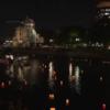 原爆の日 広島でとうろう流し 原爆投下でなぜ原爆ドームが残ったか?かたりべは…